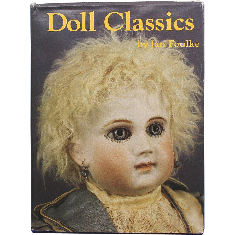 Hardcover Doll Reference Book Doll Classics