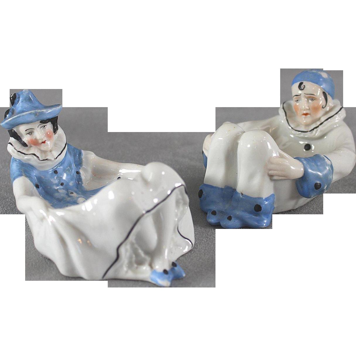 Sitzendorf Harlequin Pair Figural Mardi Gras Puff Dish Pierrot