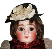 Cute Vintage Straw Hat for A Small Doll