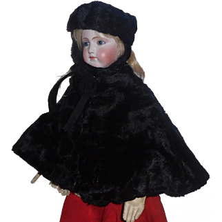 Lovely Black Fur Early Made Cape / Hat French Fashion / Lady Doll