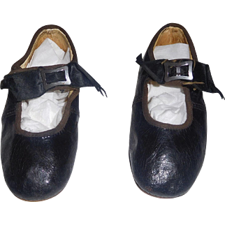 Cute Pair of Early Black Leather Large Doll Shoes / Child