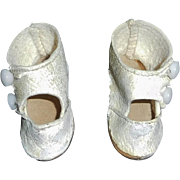 Pair of Antique White Leather Small Doll Shoes, 1 TLC