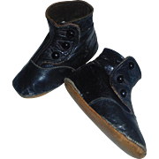 Wonderful Pair of Black Leather Baby / Doll Shoes