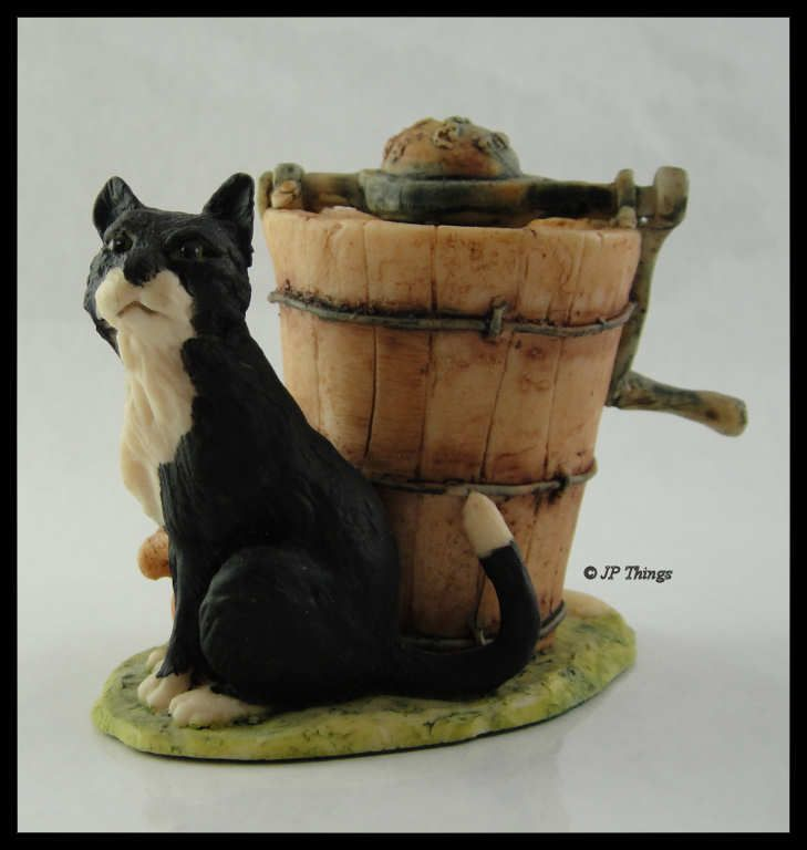 Lowell Davis BFA Schmid  1979 Figurine Sitting Black Cat with Ice Cream Churn