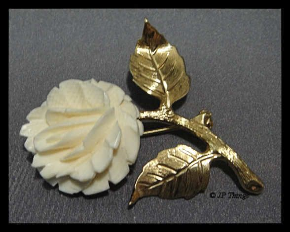 Lovely Detailed Faux Ivory Rose On Stem With Leaves Gold Tone Brooch Pin