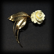 Elegant GF Hand Carved Van Dell Rose Brooch Pin Sweeping Stems and Leaves