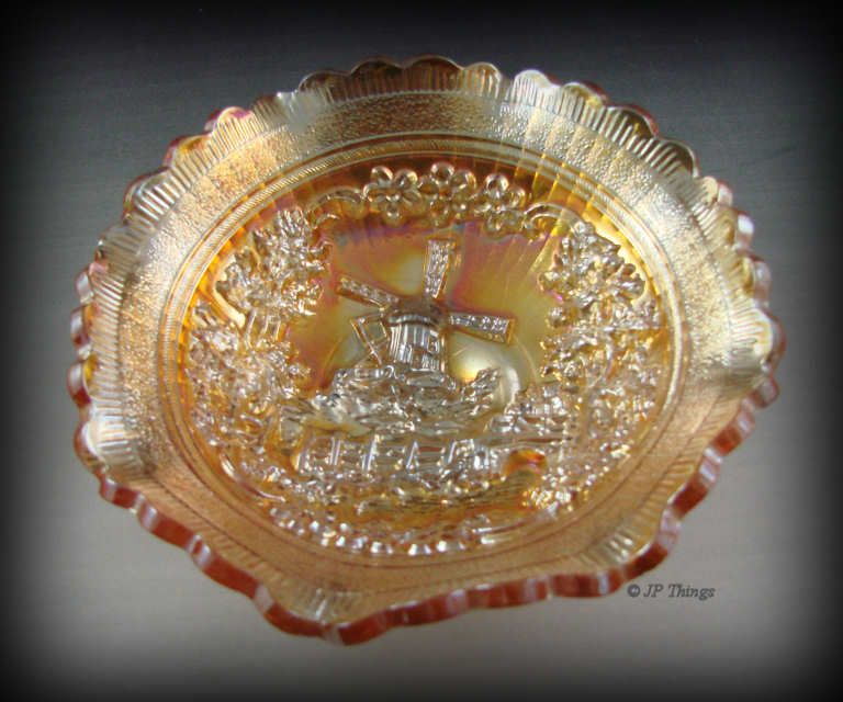 Imperial Marigold Carnival Glass Windmill Bowl Sauce Ruffled Scalloped Edge