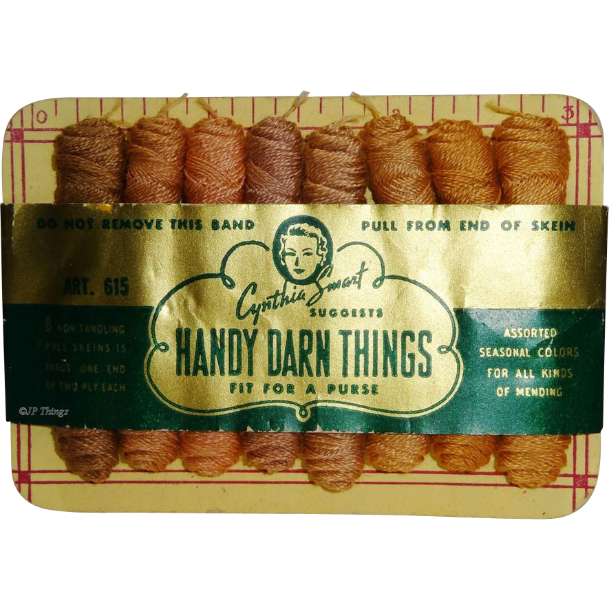 Cynthia Smart Mills Handy Darn Things Sewing Purse Miniature Thread Skeins