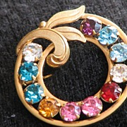 Van Dell Rhinestone Gold Filled Circle Pin