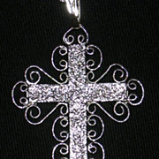 Exquisite Whiting & Davis Vintage Silver Filigree Cross Necklace