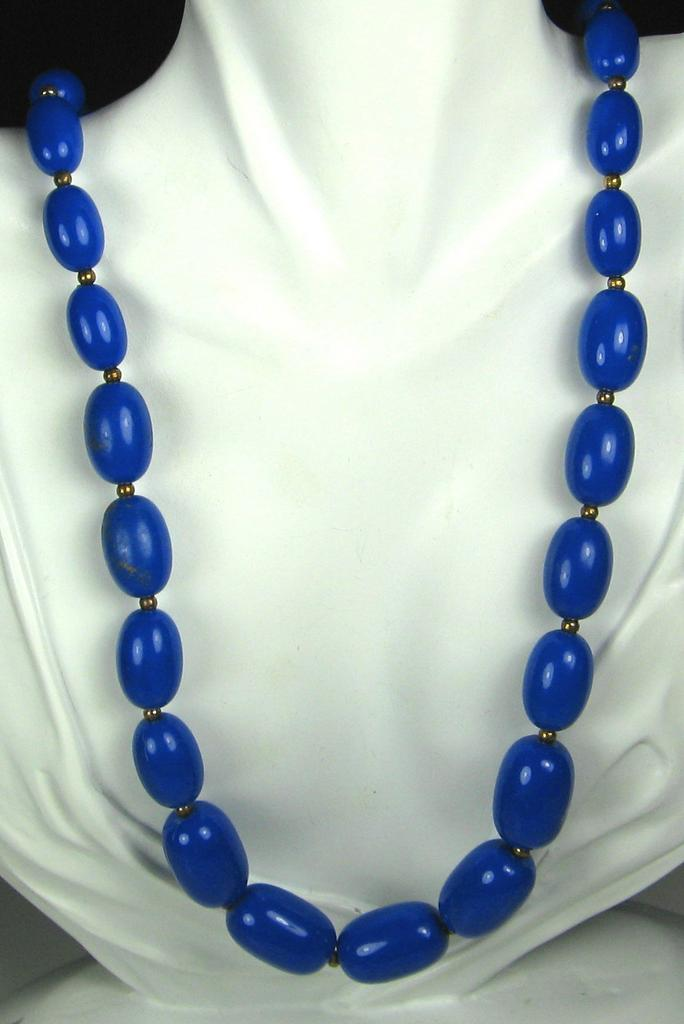 Vintage Oval Shaped Blue Plastic Bead Necklace