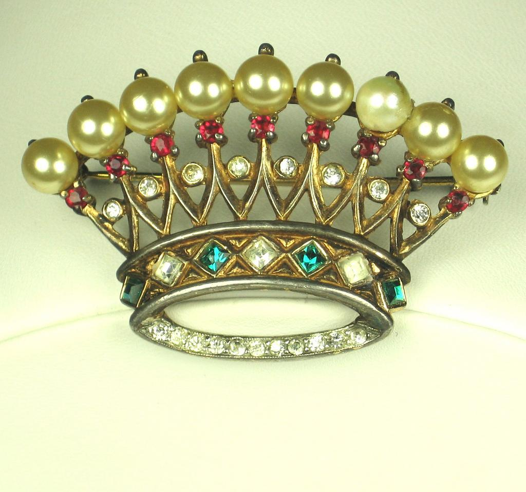 Trifari 925 Sterling & Imitation Pearl Crown Pin