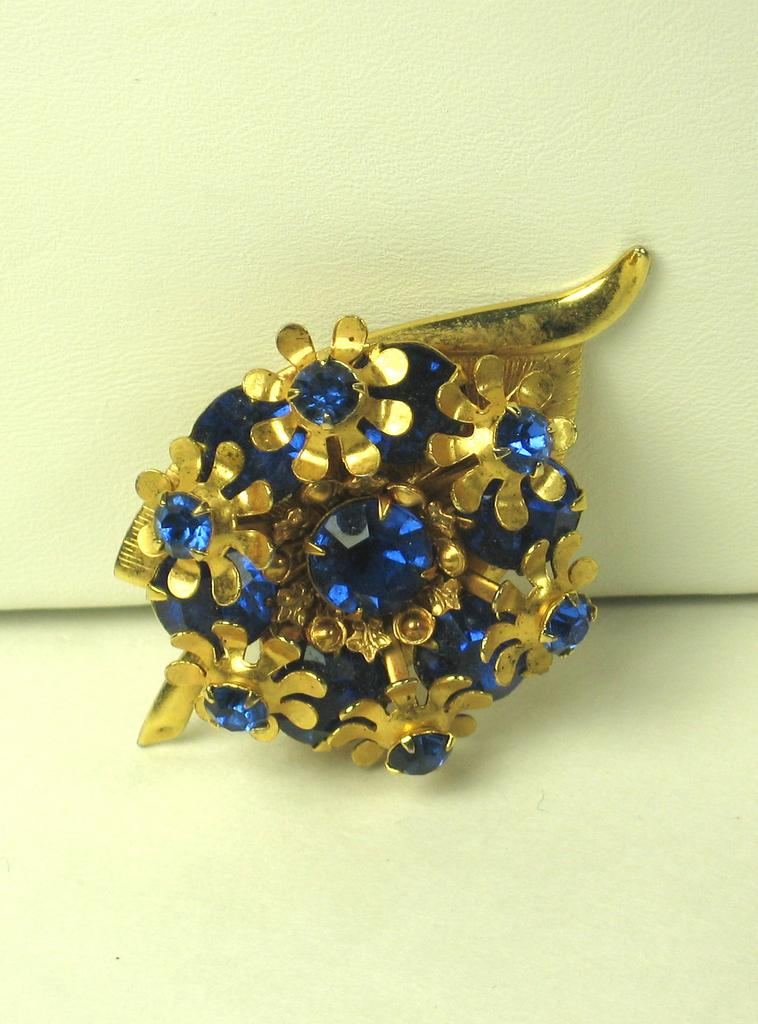 Vintage Gold Tone Metal and Blue Glass Floral Pin