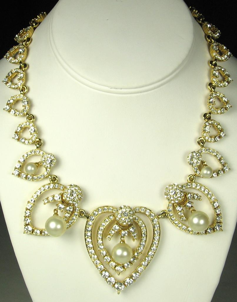 Ciner Heart Necklace with Rhinestones and Imitation Pearls