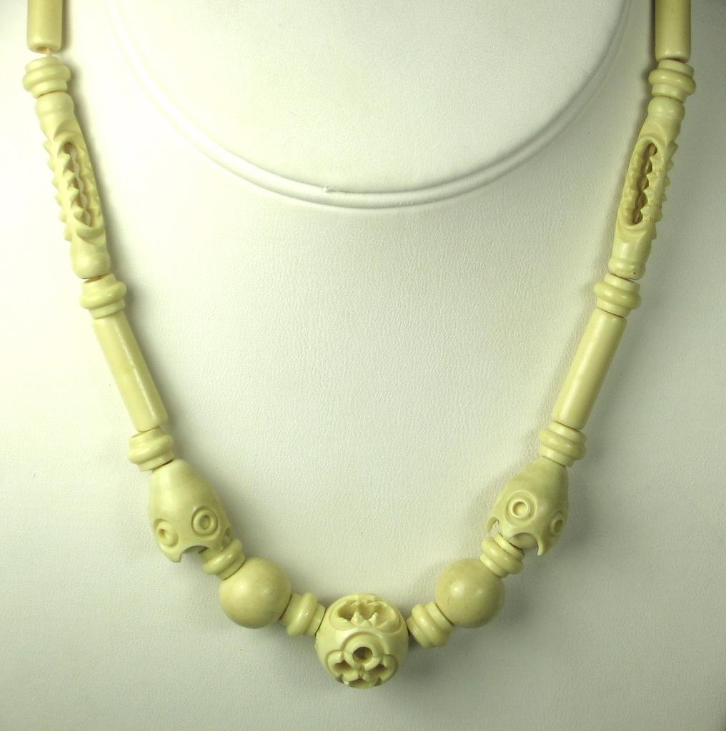 Vintage White Celluloid  Necklace