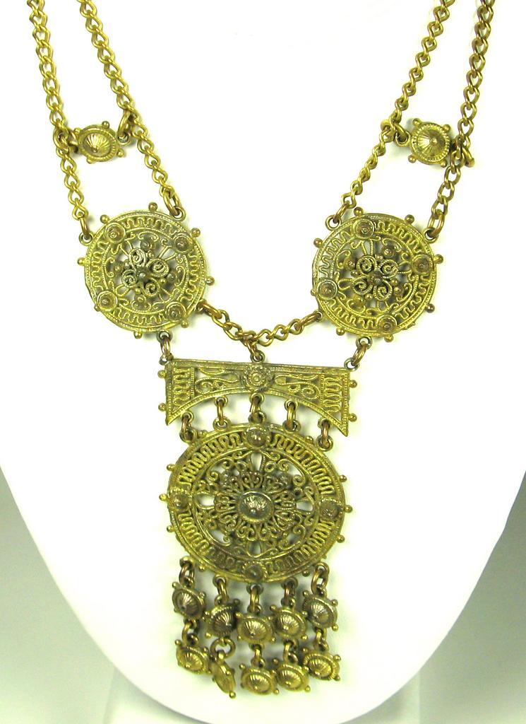 Vintage Chanel Novelty Company 1941 Festoon Necklace