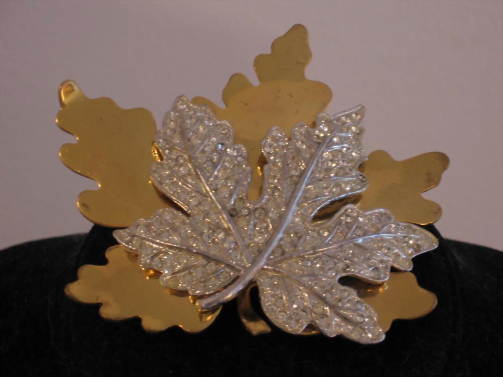 McClelland Barclay Gold Tone Metal Leaf Brooch