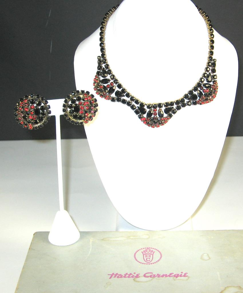 Hattie Carnegie Black Glass Necklace and Earrings