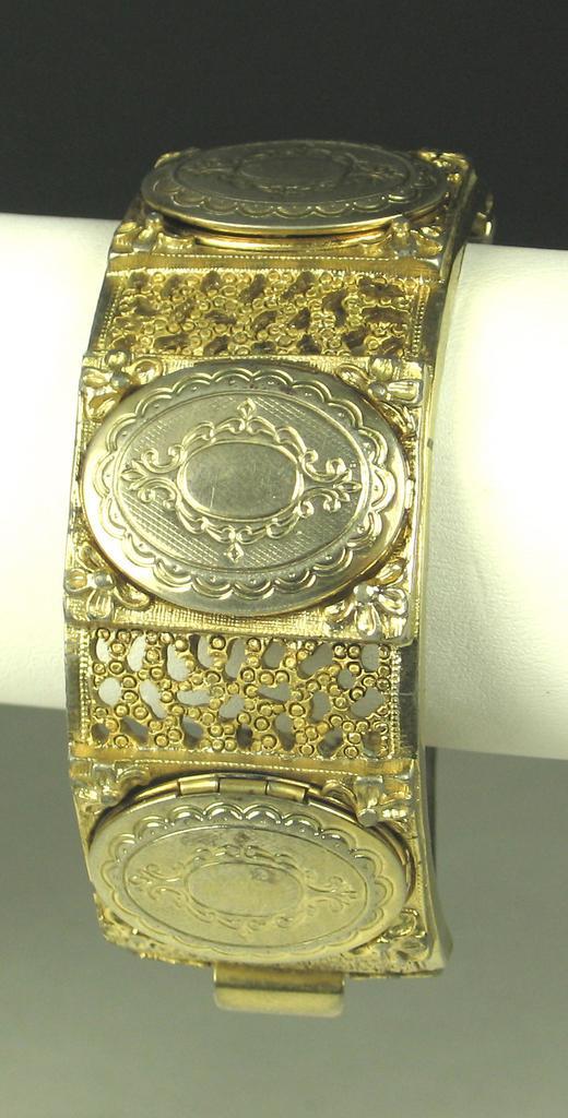 Vintage Hattie Carnegie Gold Tone Metal Locket Bracelet