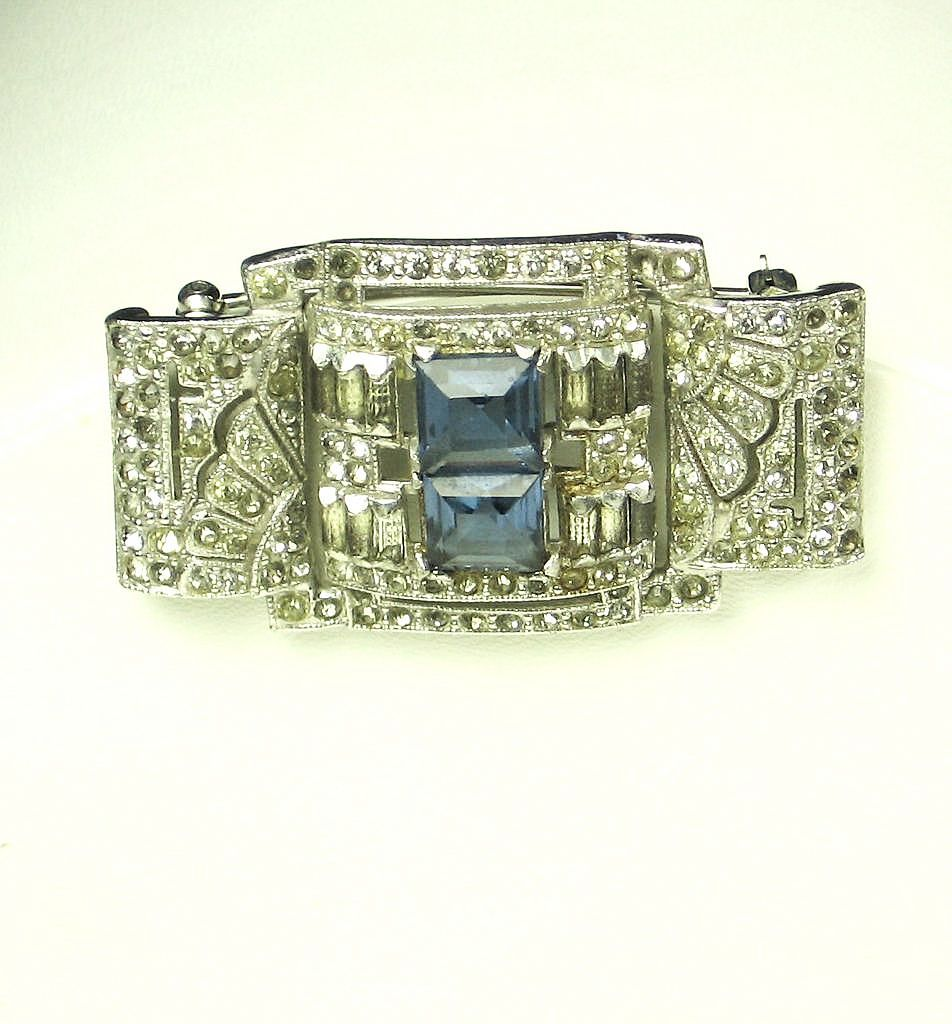 Rhodium Plated Metal and Emerald Cut Gemstone Pin