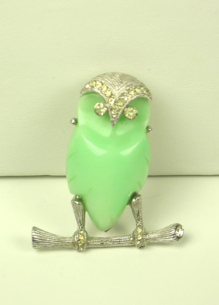 Vintage Hattie Carnegie Lime Green Thermoplastic Owl Pin