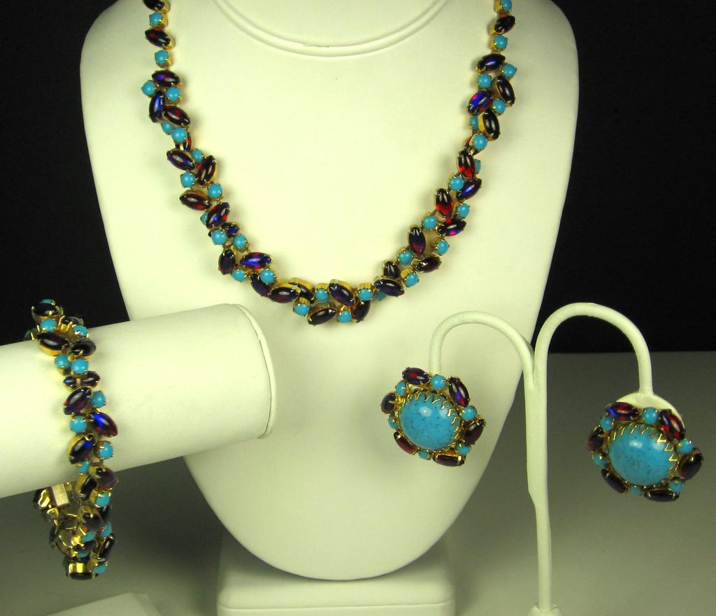 Hattie Carnegie Twisted Glass Beaded Necklace, Bracelet, and Earrings