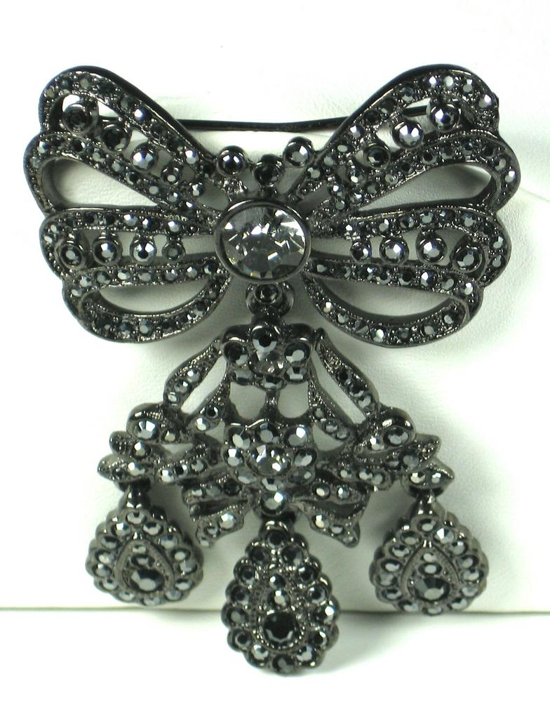 Kenneth Jay Lane Black Rhinestone Bow Pin