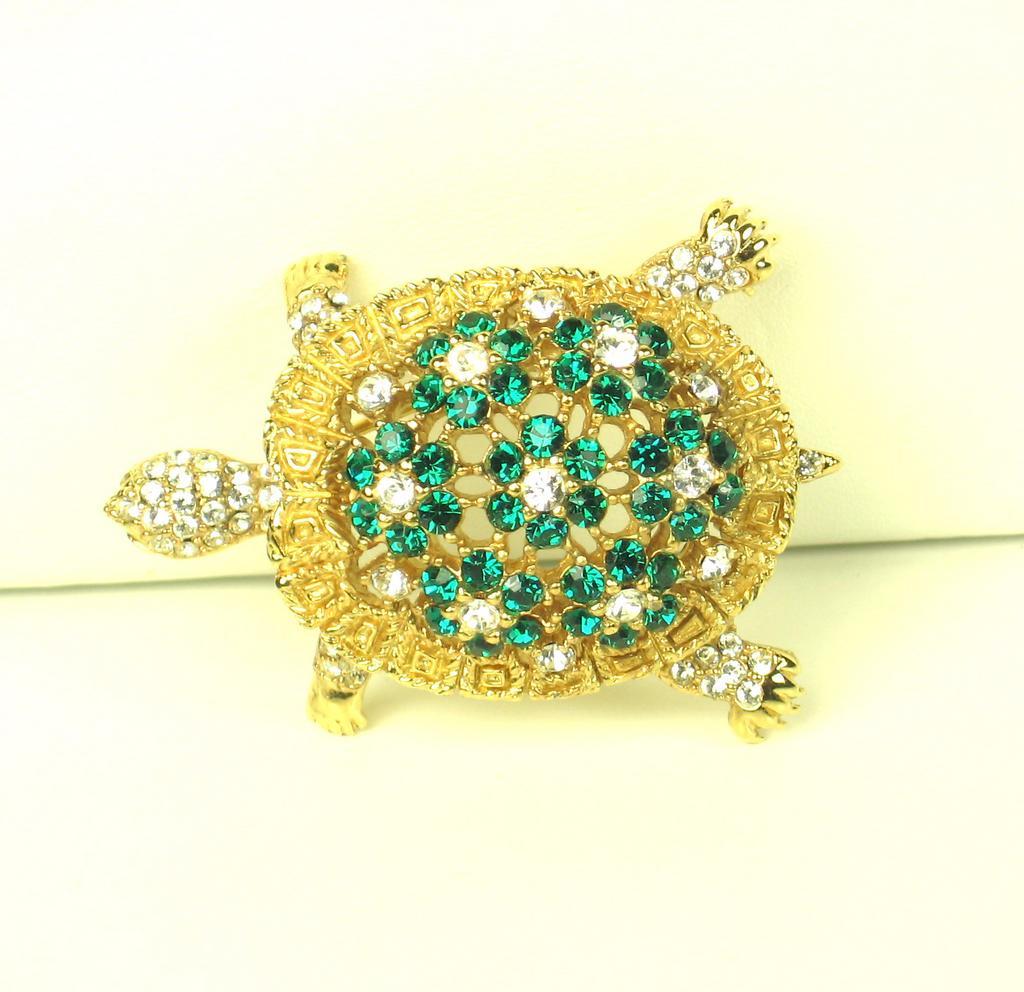 Ciner Green and White Rhinestone Turtle Pin