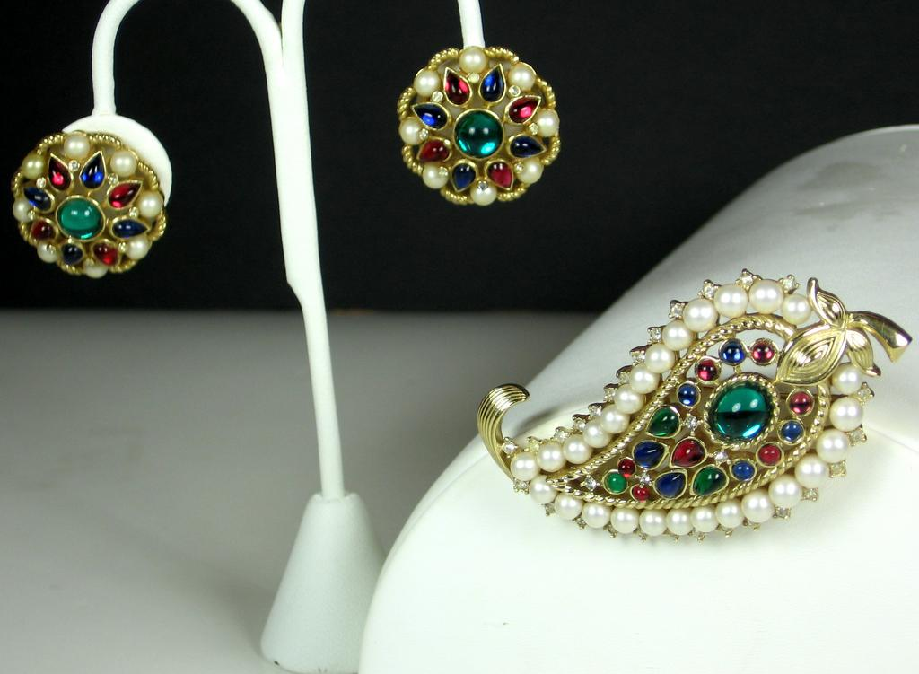 Trifari Jewels of India Pin and Earrings with Imitation Pearls