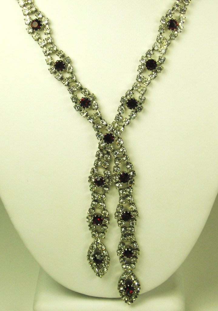 Vintage White and Ruby Red Rhinestone Sautoir Necklace