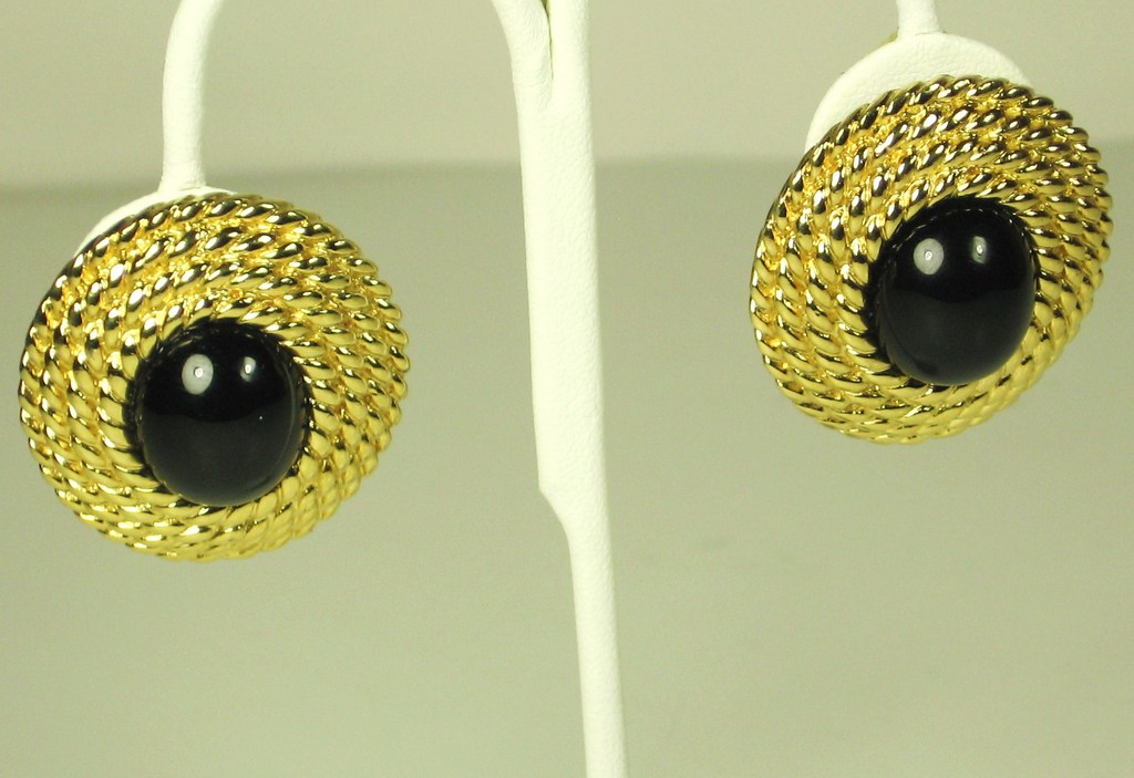 Vintage Ciner Black Cabochon Clip-back Earrings