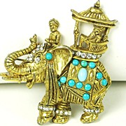 Hattie Carnegie Glass Cabochon Rajah/Howdah Elephant Pin