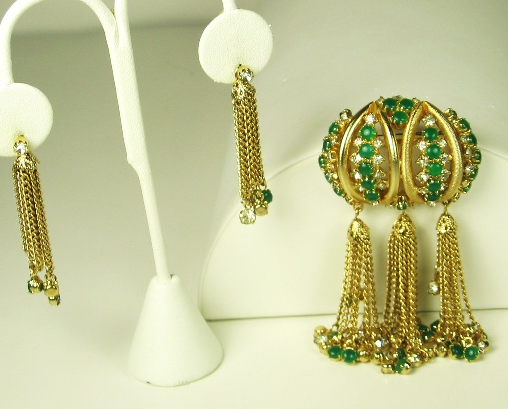 Hattie Carnegie Glass and Rhinestone Dangle Pin and Earrings