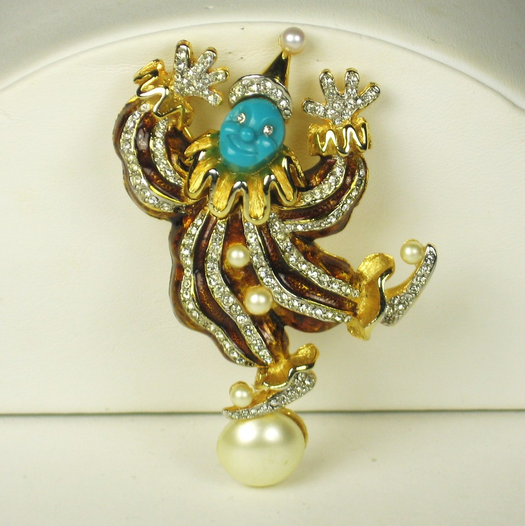Hattie Carnegie Brown Enamel Clown Pin with Imitation Pearls