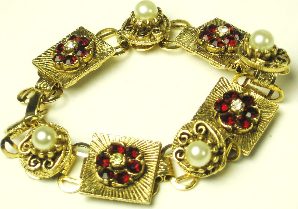 Vintage Red Rhinestone and Imitation Pearl Floral Bracelet