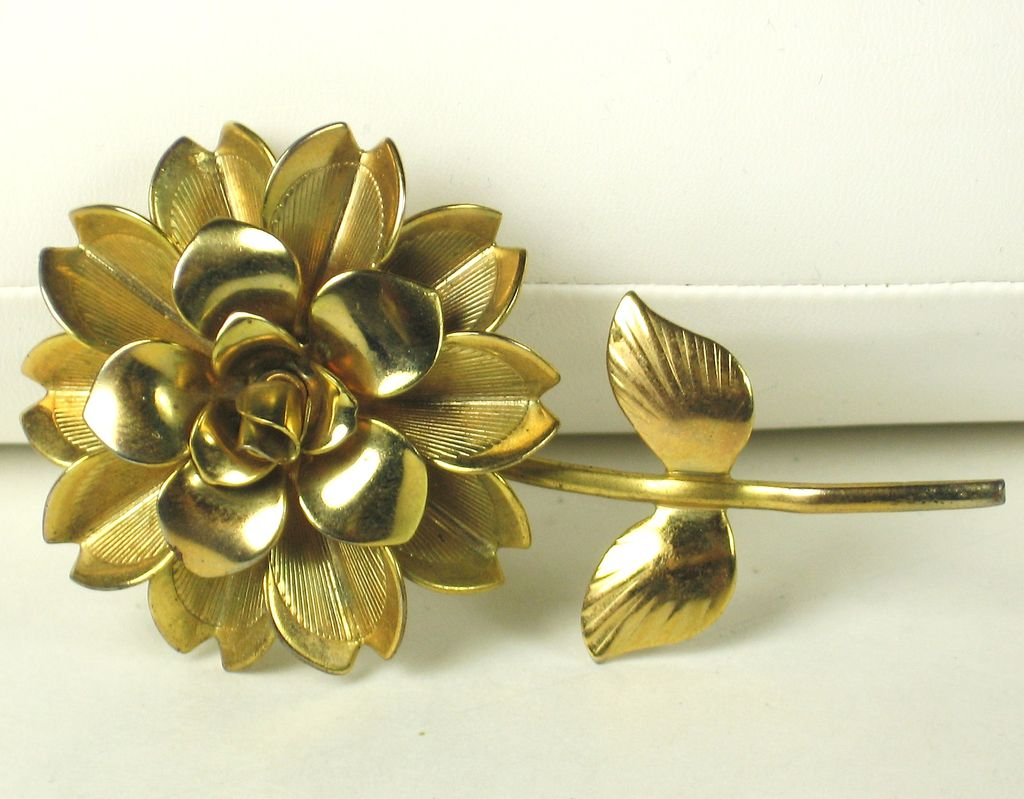 Vintage Large Gold Plated Metal Layered Flower Pin