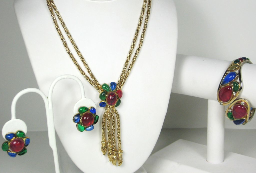 Hattie Carnegie Poured Glass and Rhinestone Necklace, Bracelet, and Earrings Set