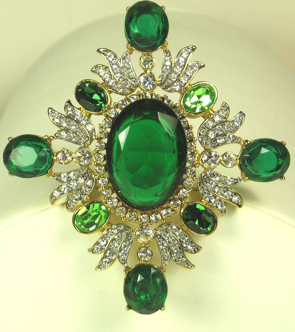 Kenneth Jay Lane Pave Rhinestone and Green Glass Gem Pin/Pendant
