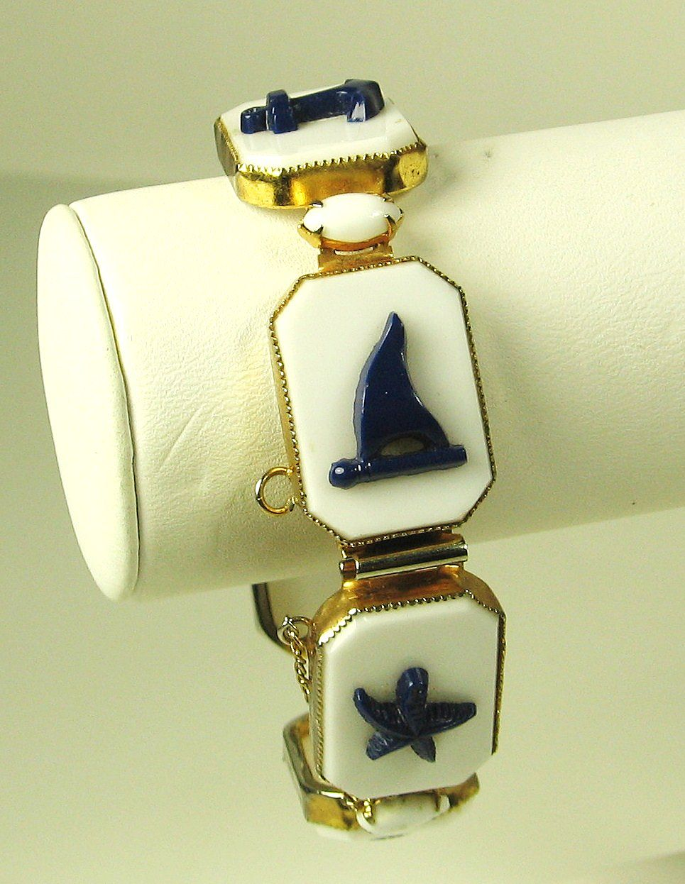 Rare Vintage 1940s Hattie Carnegie Glass Nautical Bracelet