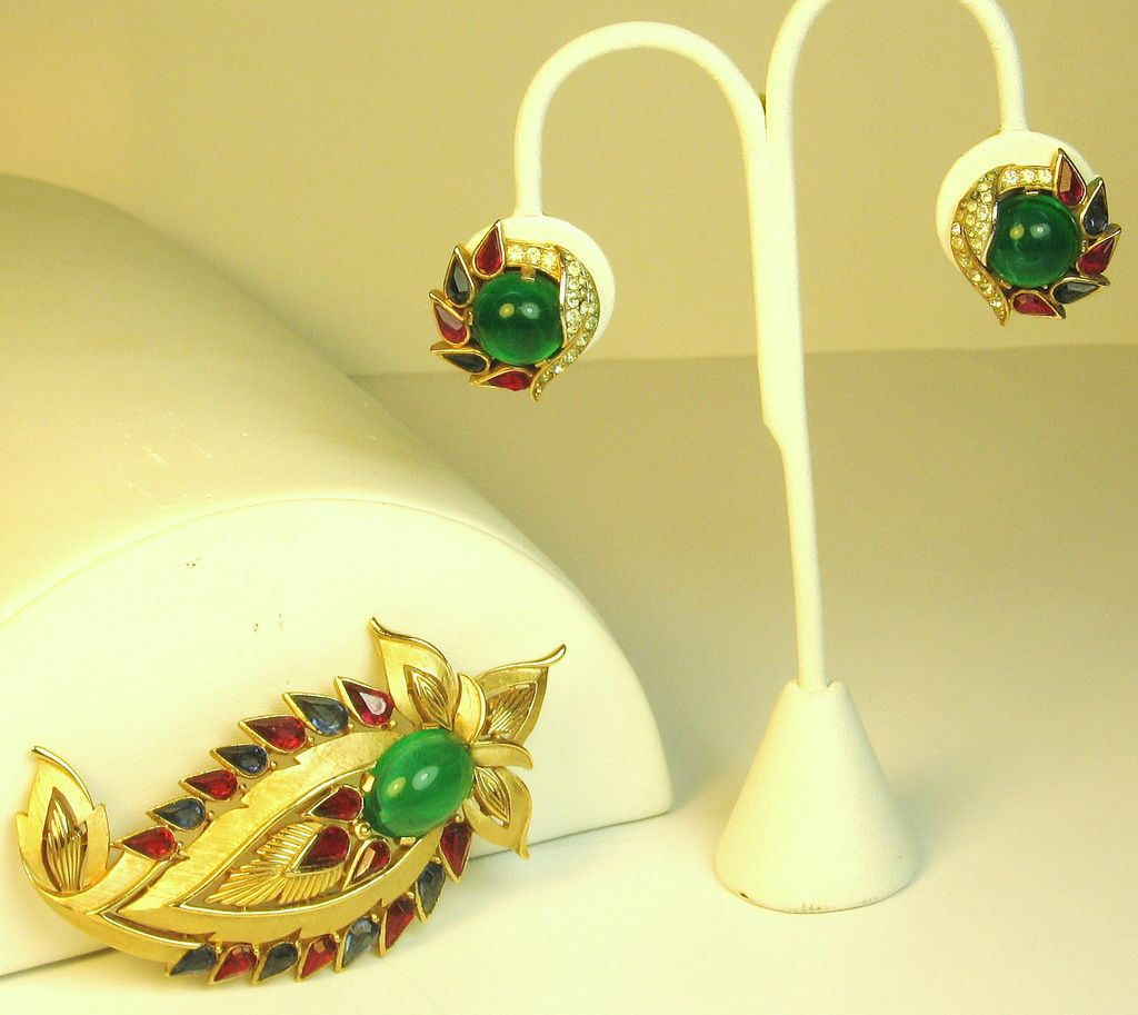 Trifari Green Glass Jewels of India Set