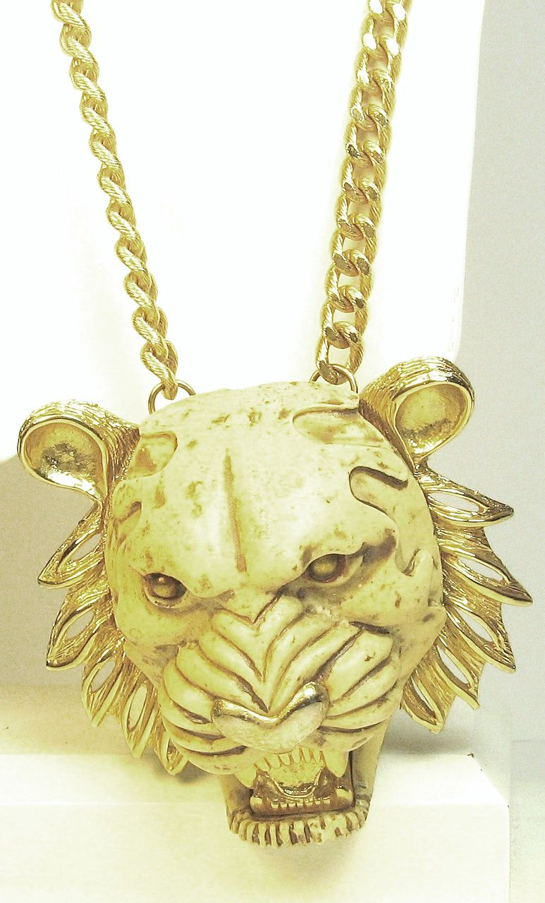 Hattie Carnegie Figural Early Plastic Tiger Pendant Necklace