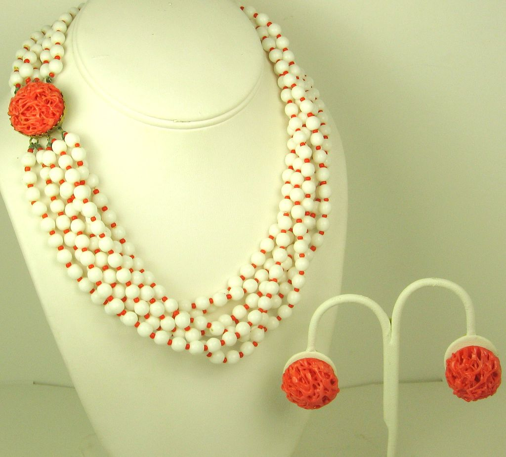 Hattie Carnegie White and Coral Glass Necklace and Earrings