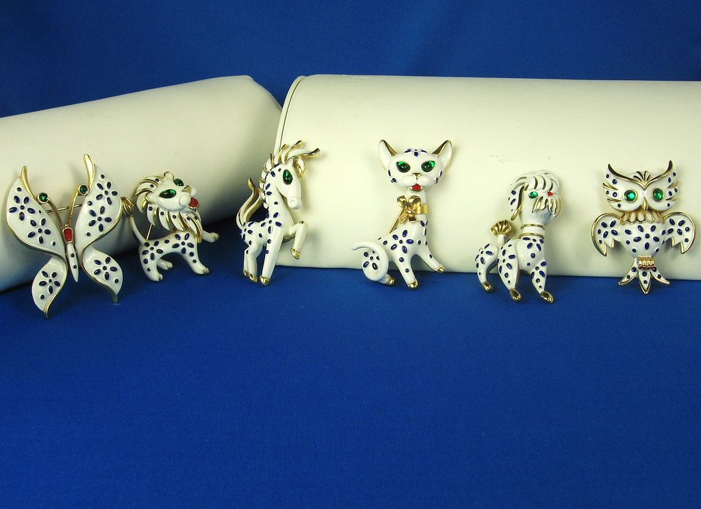 Vintage 1967 Trifari Enameled Pet Series Pins Complete Set