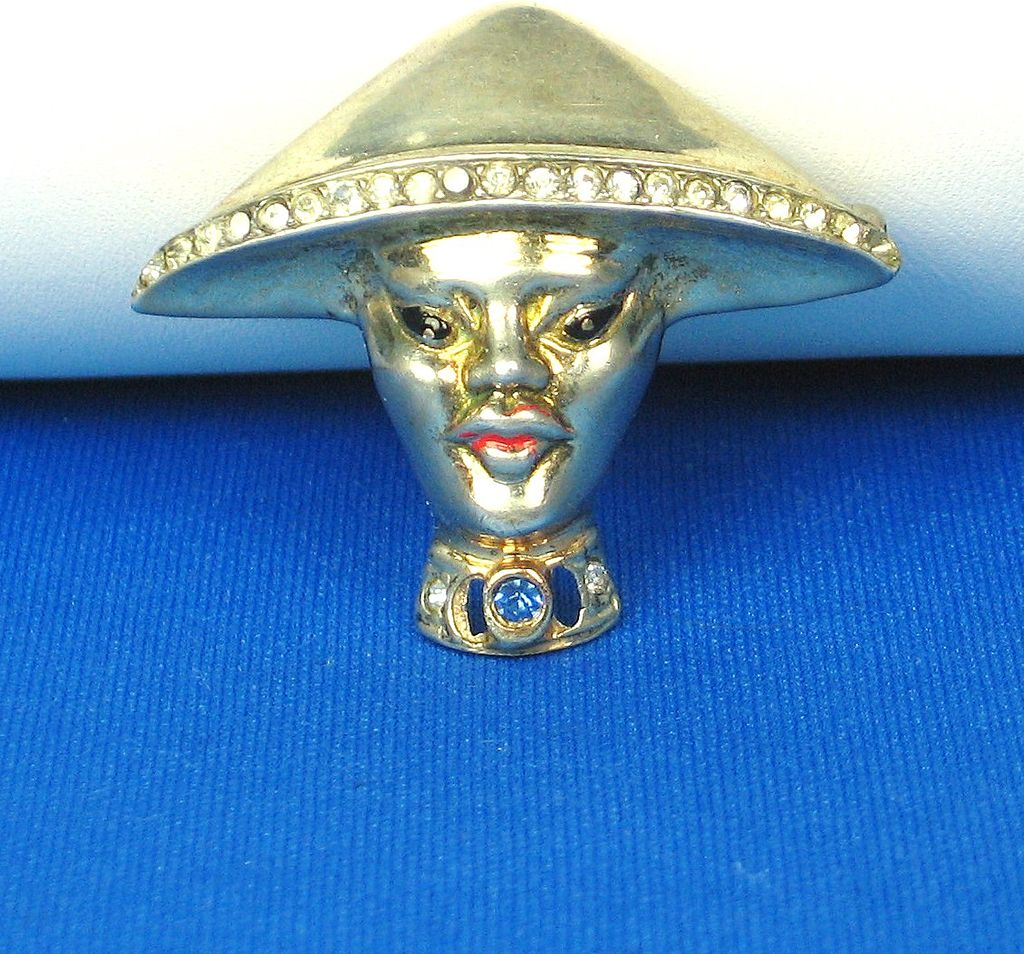Vintage Reja Rhinestone Chinese Coolie Man Pin