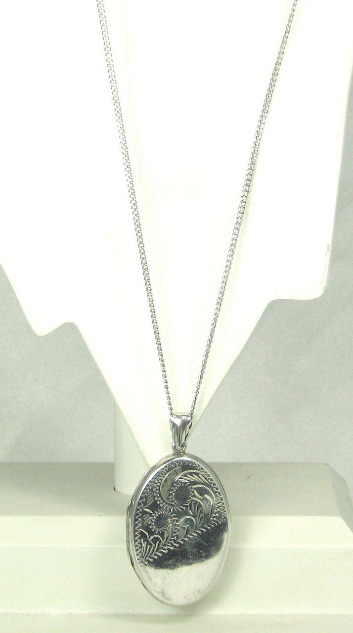 Vintage 925 Sterling Floral Locket Pendant Necklace