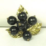 Vintage Black Wood Bead and Gold Tone Gilt Metal Leaf Dress Clip