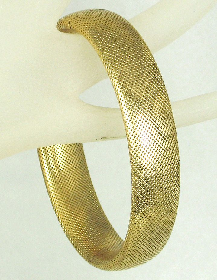 Antique Victorian Simmons Gold Tone Metal Hinged Bangle Bracelet