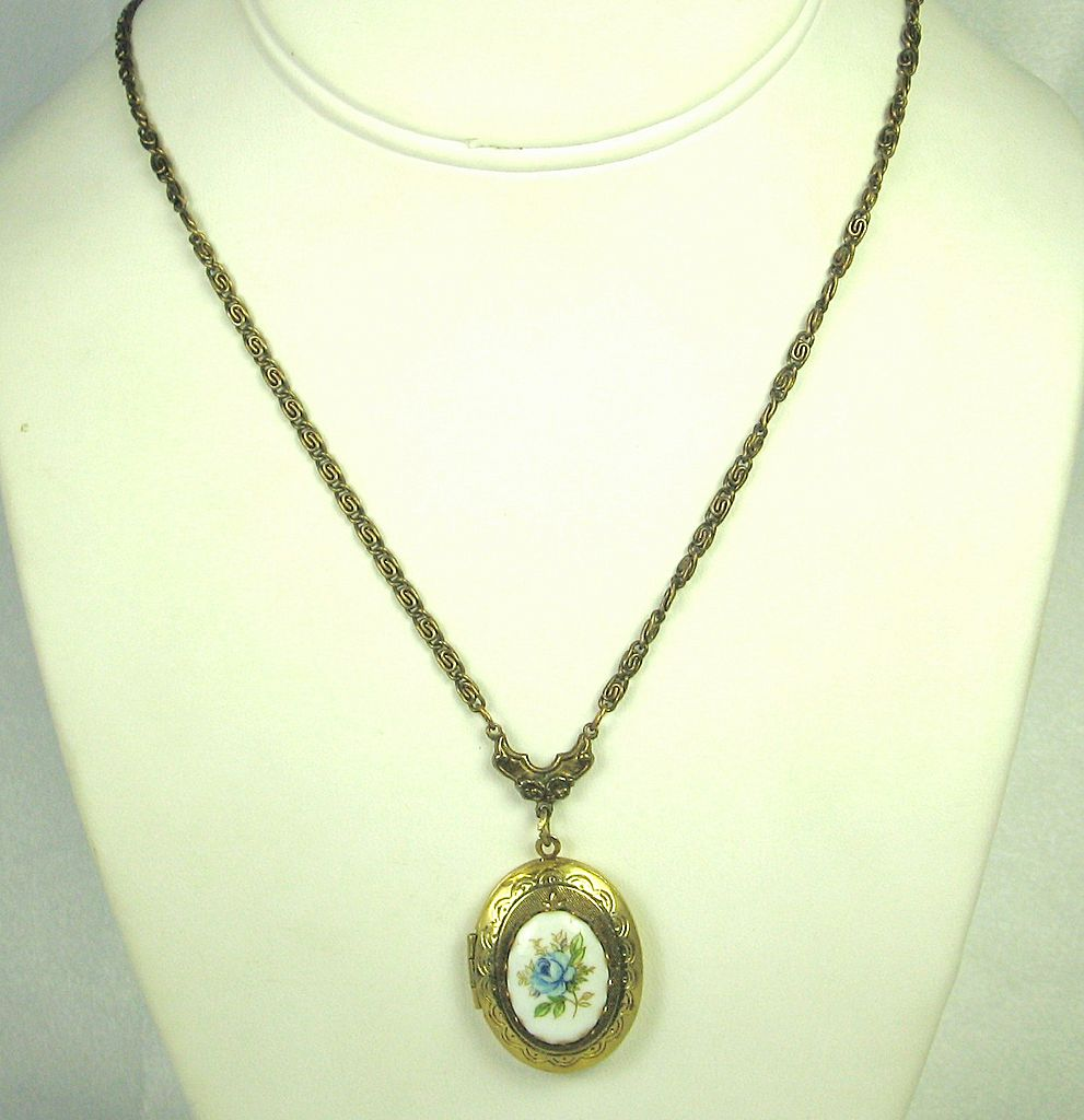 Glass Floral Locket Pendant Necklace