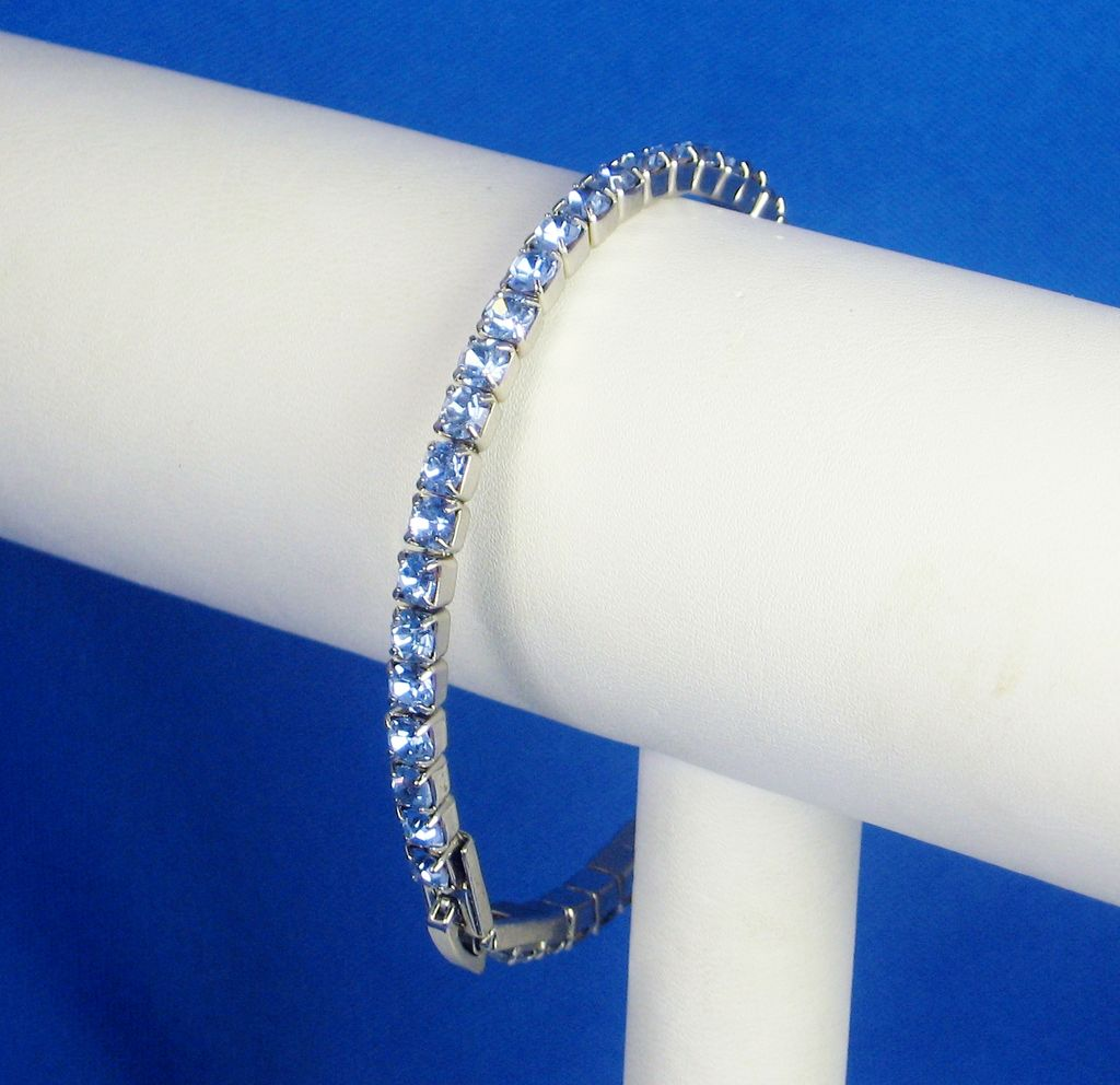 Vintage Blue Topaz Colored Rhinestone Bracelet
