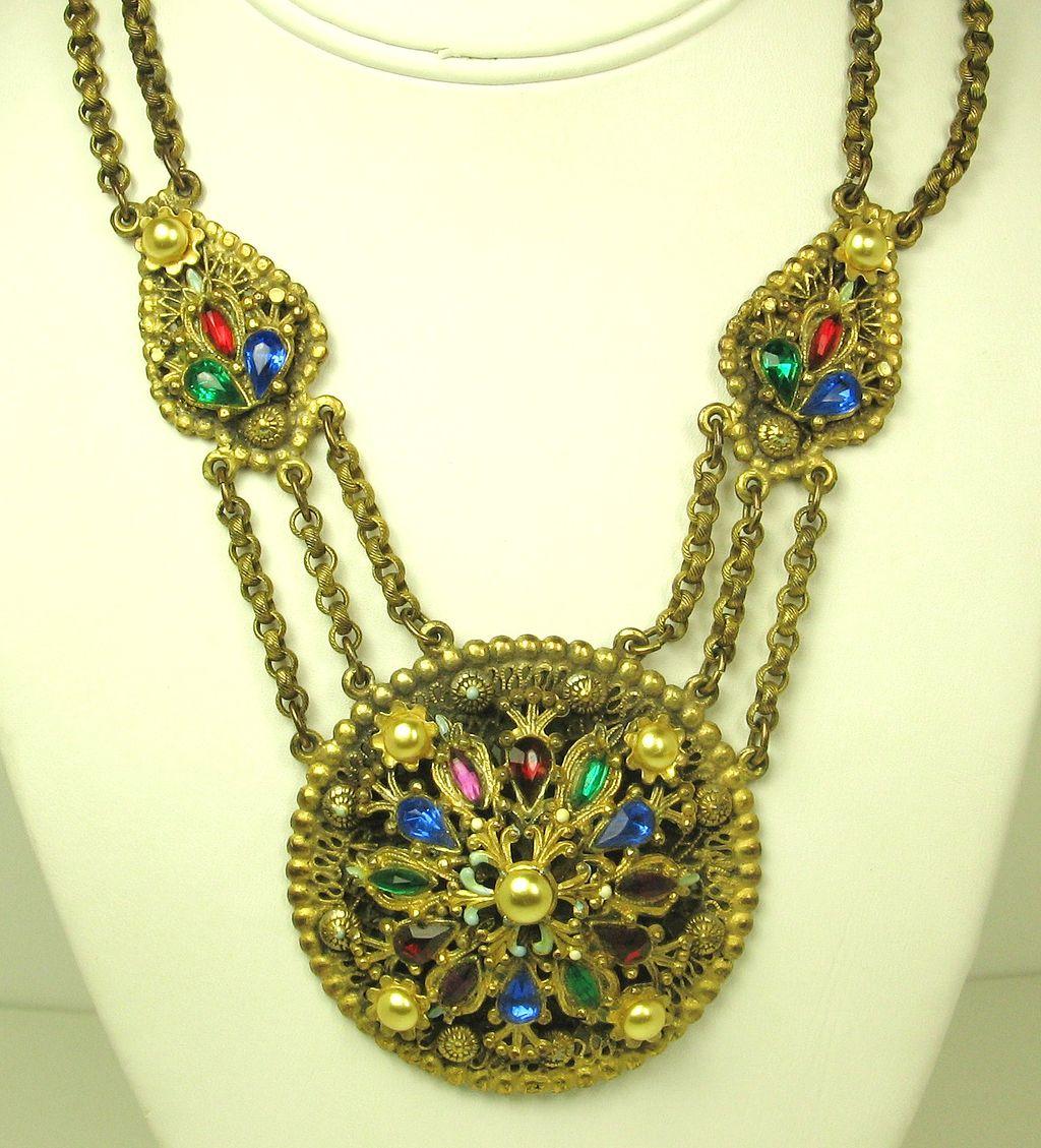 Alexander Korda Thief of Bagdad Imitation Pearl Necklace